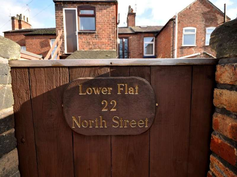 1 Bedroom Flat for sale in North Street, Congleton, CW12