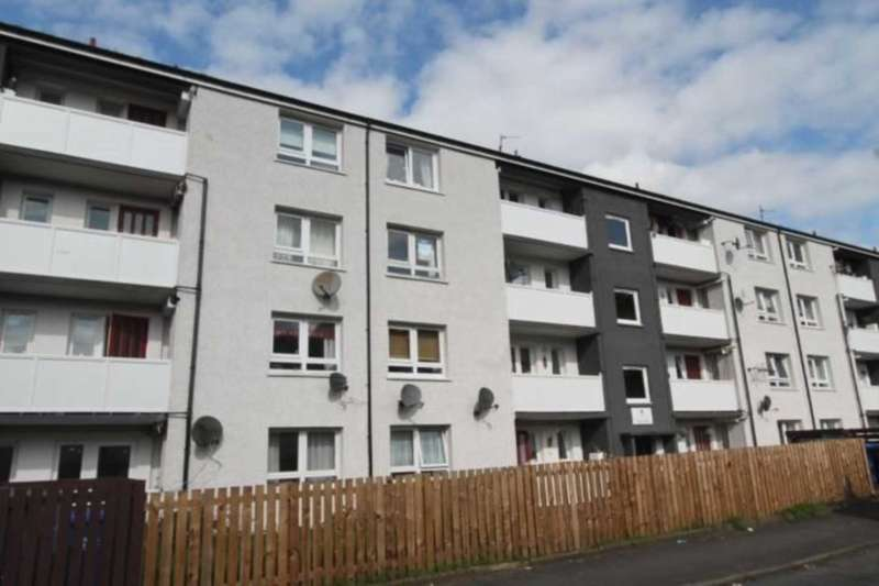 3 Bedrooms Flat for rent in Maple Drive, Johnstone