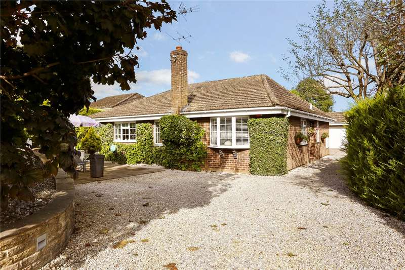 4 Bedrooms Detached Bungalow for sale in The Meadows, Churt, Farnham, Surrey, GU10