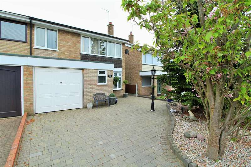4 Bedrooms Semi Detached House for sale in Sandon Close, Great Horkesley, Colchester