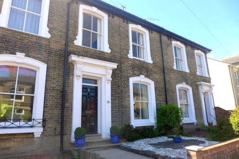 3 Bedrooms House for sale in Station Road, Beccles