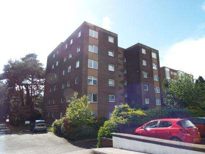 2 Bedrooms Flat for sale in 92 Princess Road, Bournemouth, Dorset