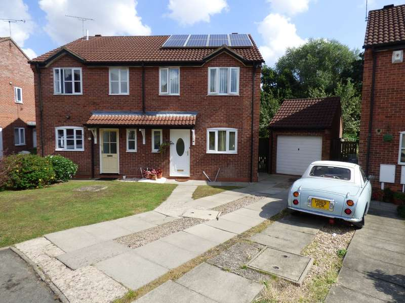3 Bedrooms Semi Detached House for sale in Charlecote Gardens, Leamington Spa