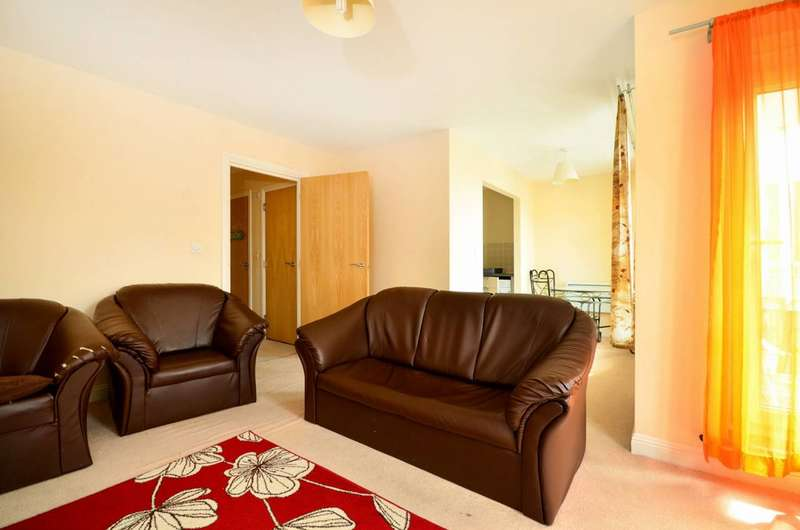 2 Bedrooms Flat for sale in Fitzwilliam Close, Whetstone, N20