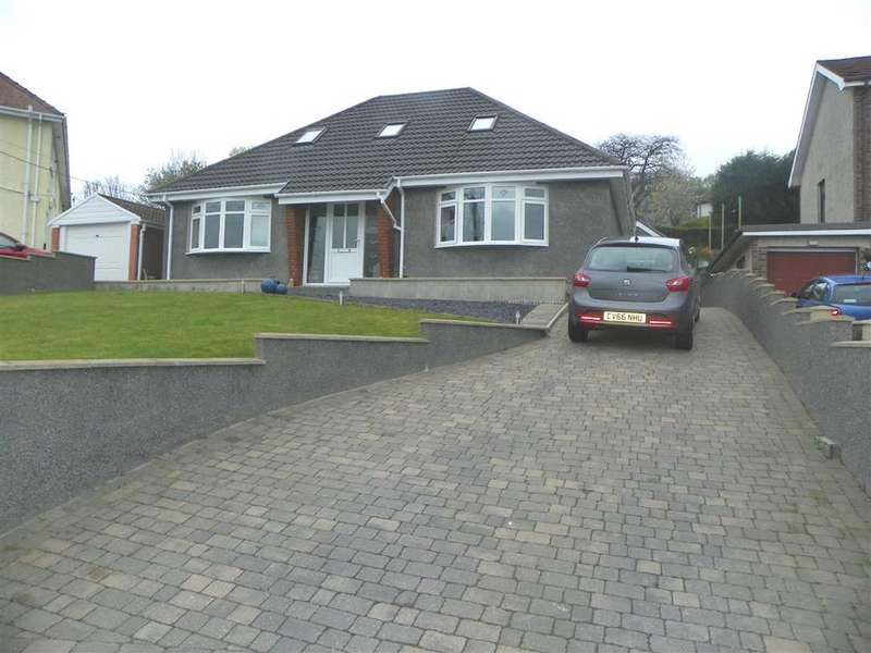 5 Bedrooms Property for sale in Llethri Road, Felinfoel, Llanelli