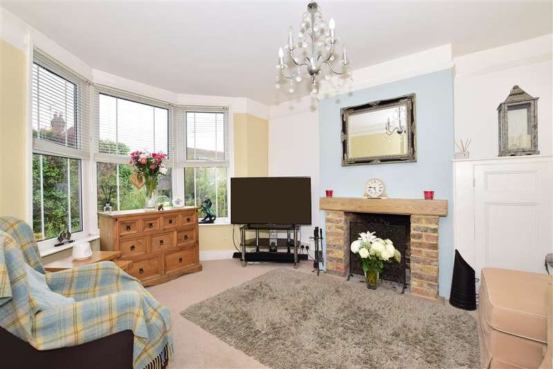 2 Bedrooms Terraced House for sale in Church Road, Rotherfield, Crowborough, East Sussex