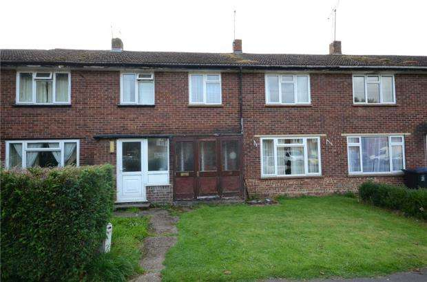 3 Bedrooms Terraced House for sale in Shepherds Close, Hurley, Maidenhead