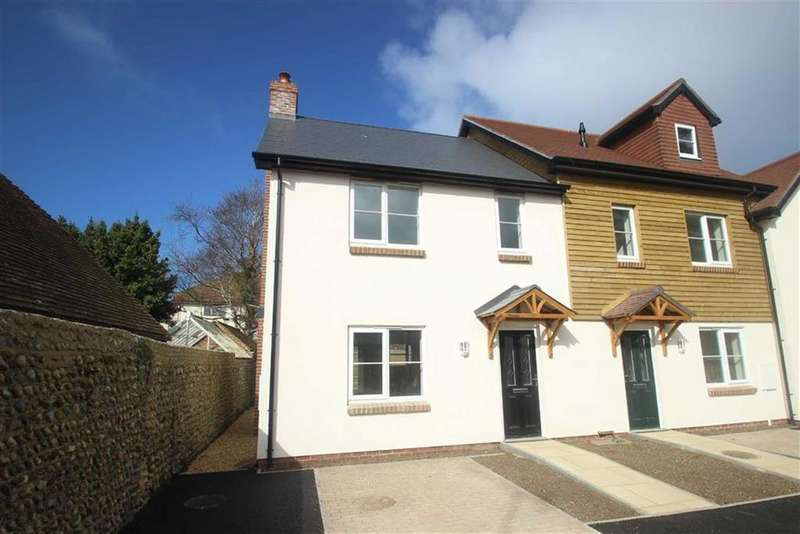 2 Bedrooms End Of Terrace House for sale in Matrons Cottages, East Preston, West Sussex