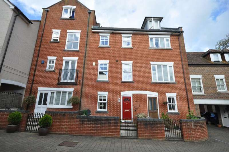 4 Bedrooms Town House for sale in Fordingbridge, SP6 1RR