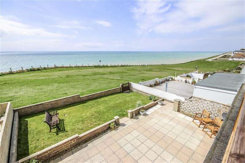 4 Bedrooms Detached House for sale in Neville Road, Peacehaven
