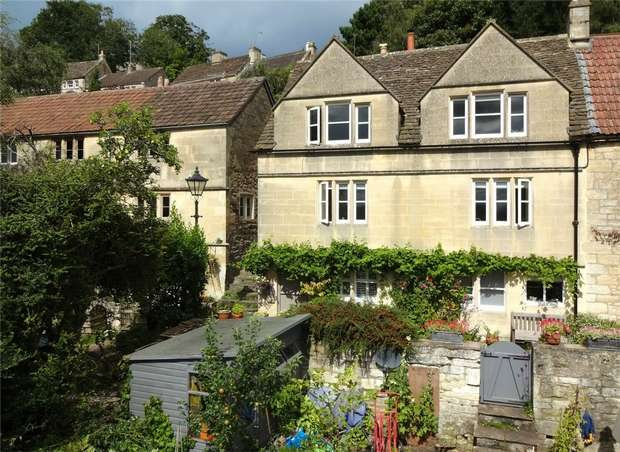 3 Bedrooms Cottage House for sale in 4 Middle Rank, Bradford on Avon, Wiltshire