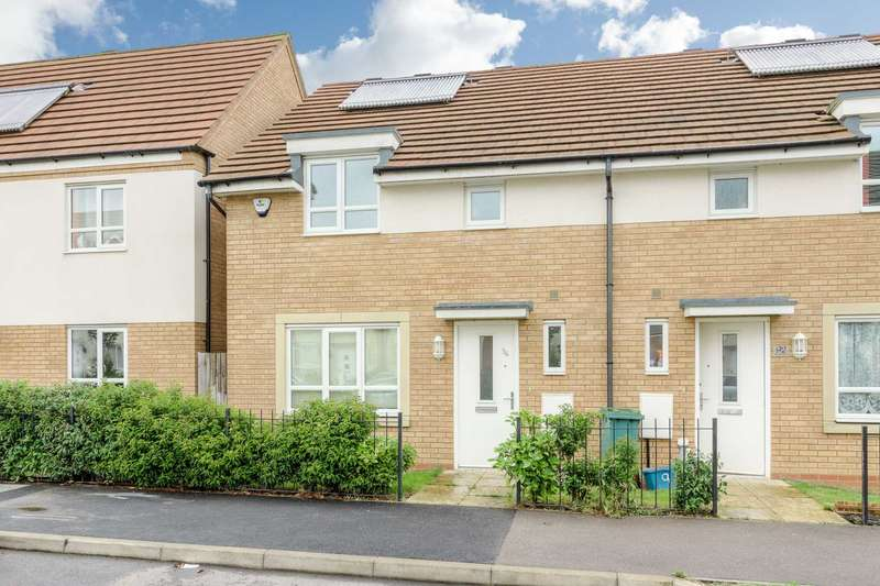 3 Bedrooms Semi Detached House for sale in Warwick Avenue, Broughton