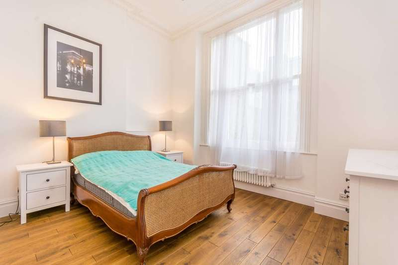 2 Bedrooms Flat for sale in Nottingham Place, Marylebone, W1U
