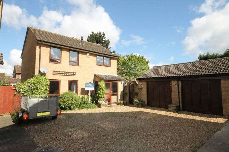4 Bedrooms Property for sale in Broad Close, Kidlington
