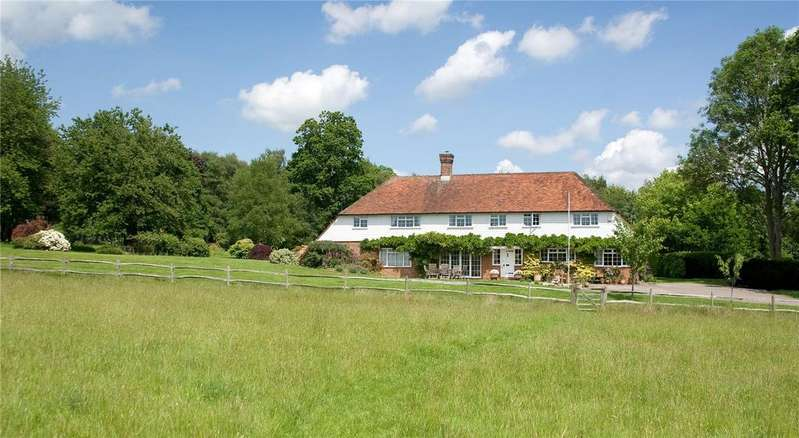 5 Bedrooms Detached House for sale in Rocks Road, Nr. Uckfield, East Sussex
