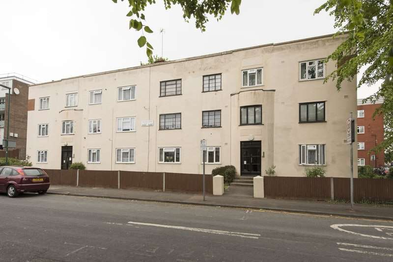 1 Bedroom Flat for sale in Benhill wood Road, Sutton, Surrey, SM1
