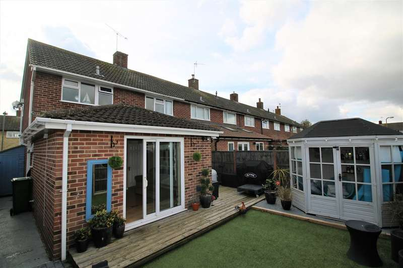 3 Bedrooms End Of Terrace House for sale in Peveral Way, South Ham, Basingstoke, RG22