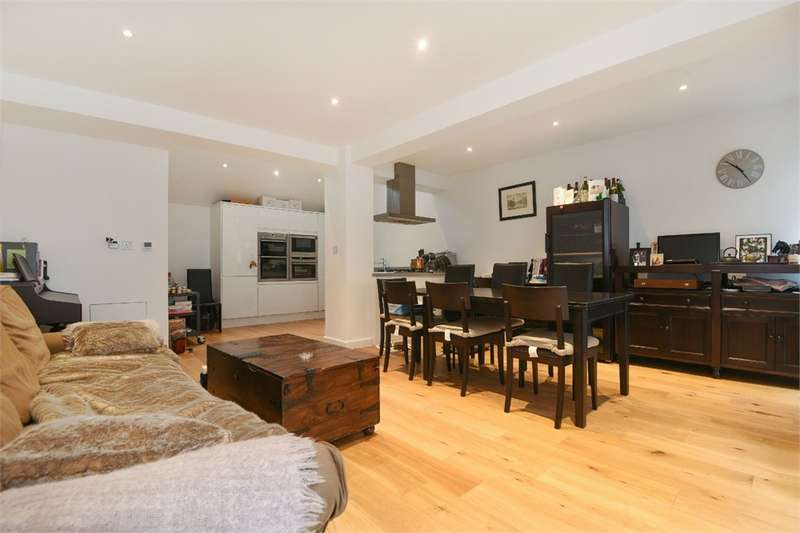 3 Bedrooms Semi Detached House for sale in Market Yard Mews, London Bridge, SE1