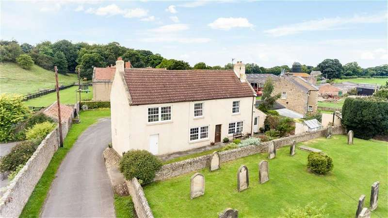 3 Bedrooms Detached House for sale in Cleasby, Darlington, County Durham