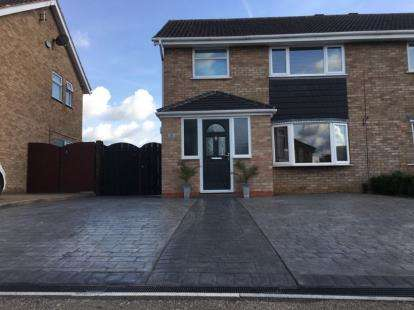 House for sale in Lamport Close, Wigston, Leicester, Leicestershire