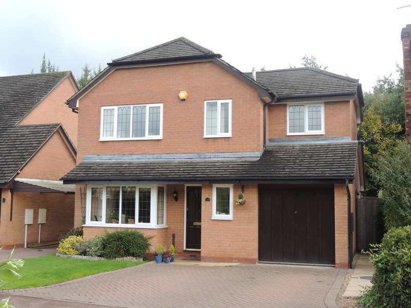 4 Bedrooms Detached House for sale in Woodstock Crescent, Dorridge, Solihull