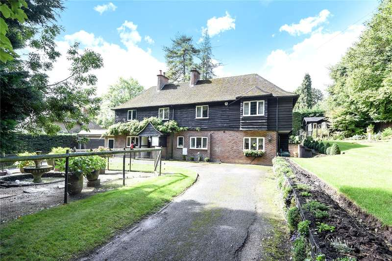 6 Bedrooms Detached House for sale in The Spinney, South Park Avenue, Chorleywood, Hertfordshire, WD3