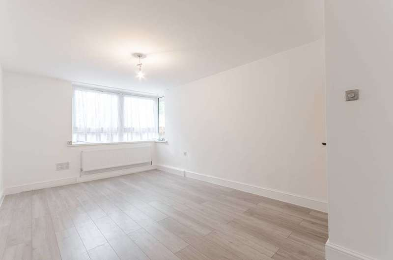 3 Bedrooms House for sale in Leven Road, Poplar, E14