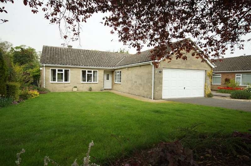 3 Bedrooms Detached Bungalow for sale in Holme Drive, Sudbrooke