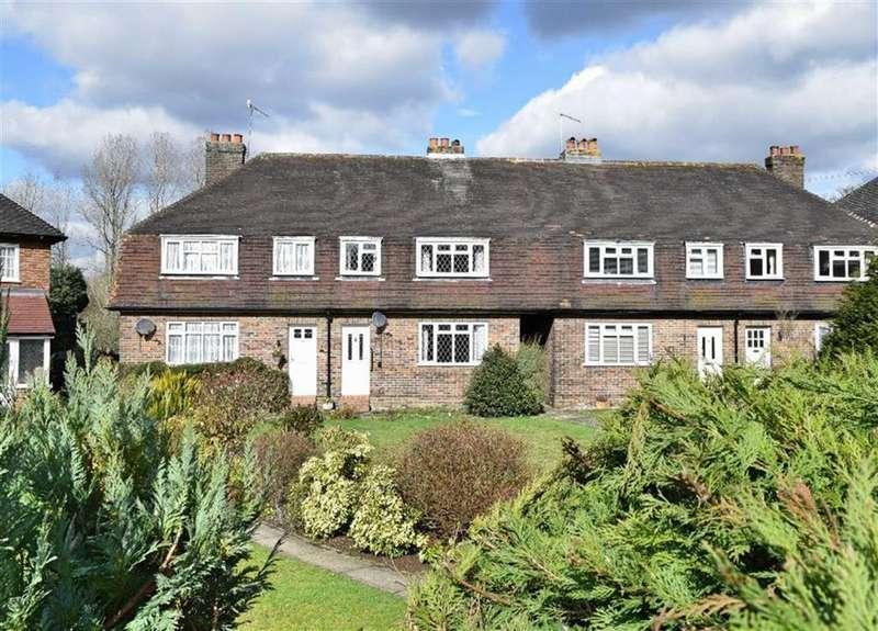 3 Bedrooms Terraced House for sale in Bradbourne Vale Road, Sevenoaks, TN13