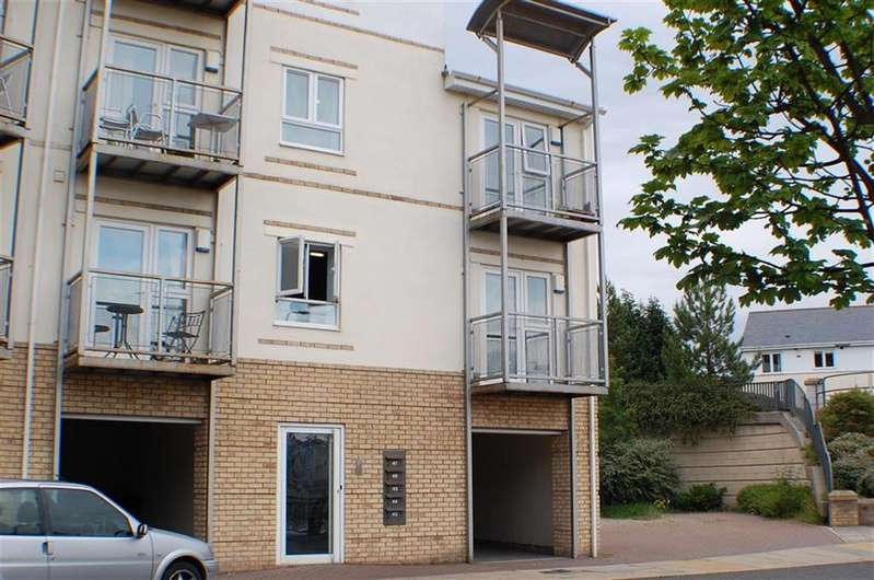 2 Bedrooms Flat for sale in The Cove, South Shields, South Shields