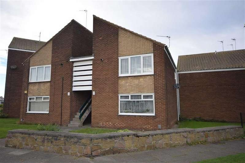 1 Bedroom Flat for sale in Bamburgh Avenue, South Shields