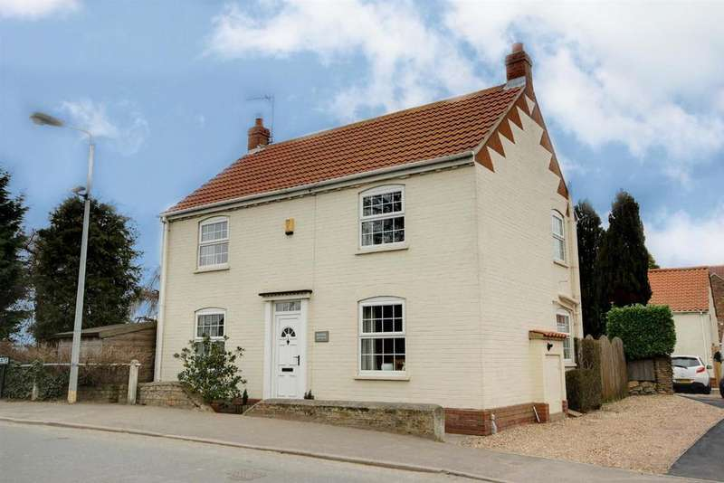 3 Bedrooms Detached House for sale in Westgate, North Cave