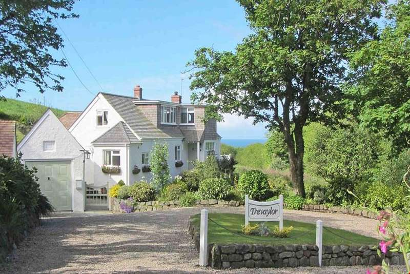 4 Bedrooms Detached House for sale in Mullion, Nr. Helston, Cornwall, TR12