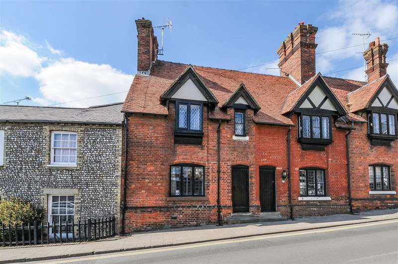 2 Bedrooms Semi Detached House for sale in Maltravers Street, Arundel