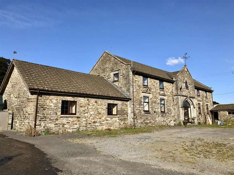 7 Bedrooms Detached House for sale in Carmarthen