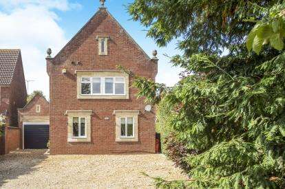 4 Bedrooms Detached House for sale in Setchey, Kings Lynn, Norfolk