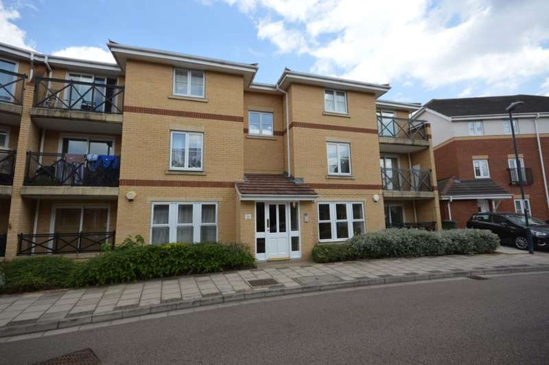 2 Bedrooms Flat for sale in Marathon Way, West Thamesmead , London, SE28
