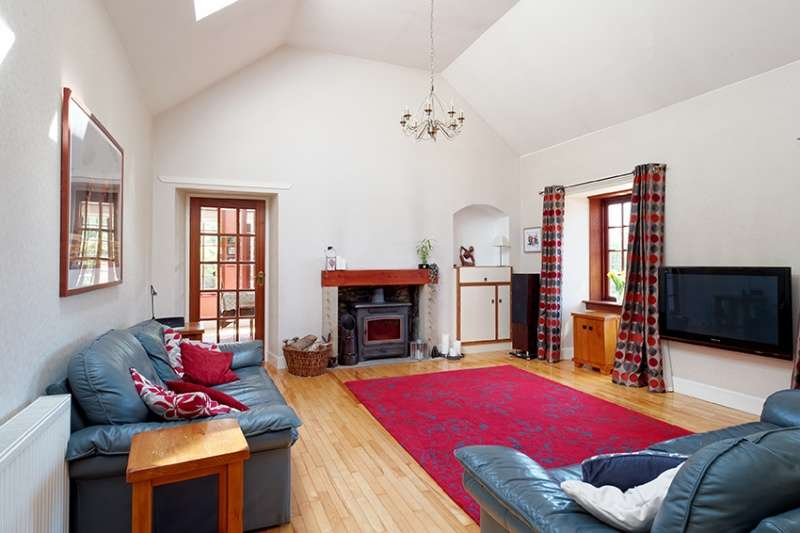 4 Bedrooms Bungalow for sale in Greenshields, Biggar, ML12 6RB