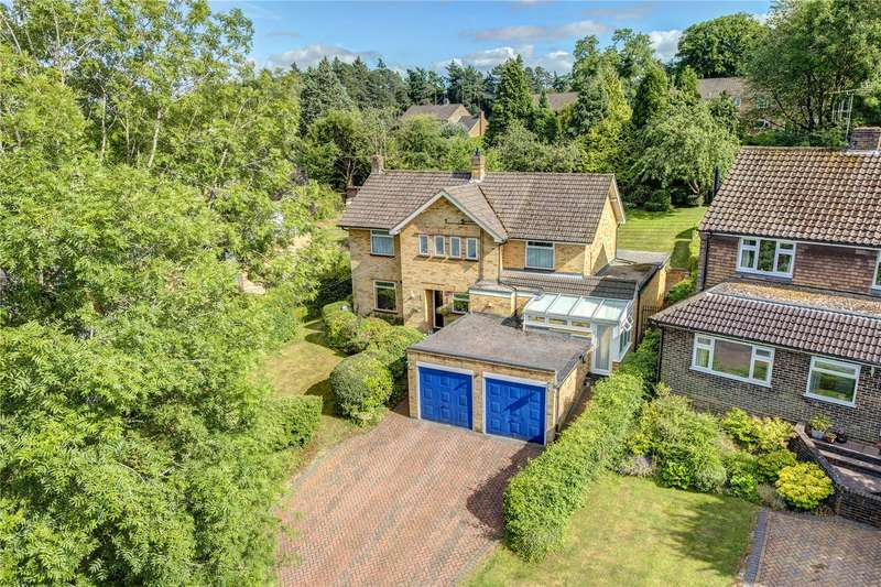 4 Bedrooms Detached House for sale in New Road, Little Kingshill, Great Missenden, Buckinghamshire, HP16