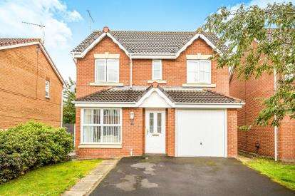 4 Bedrooms Detached House for sale in Goodwick Drive, Wrexham, Wrecsam, LL13