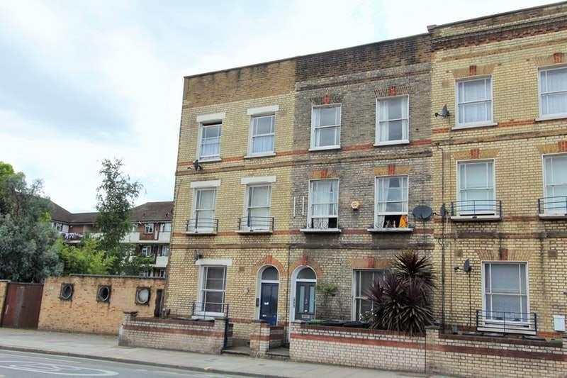 3 Bedrooms Maisonette Flat for sale in York Way, Camden Town, London, N7