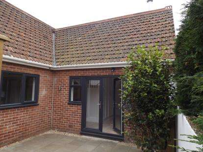 1 Bedroom Detached House for sale in Parkstone, Poole