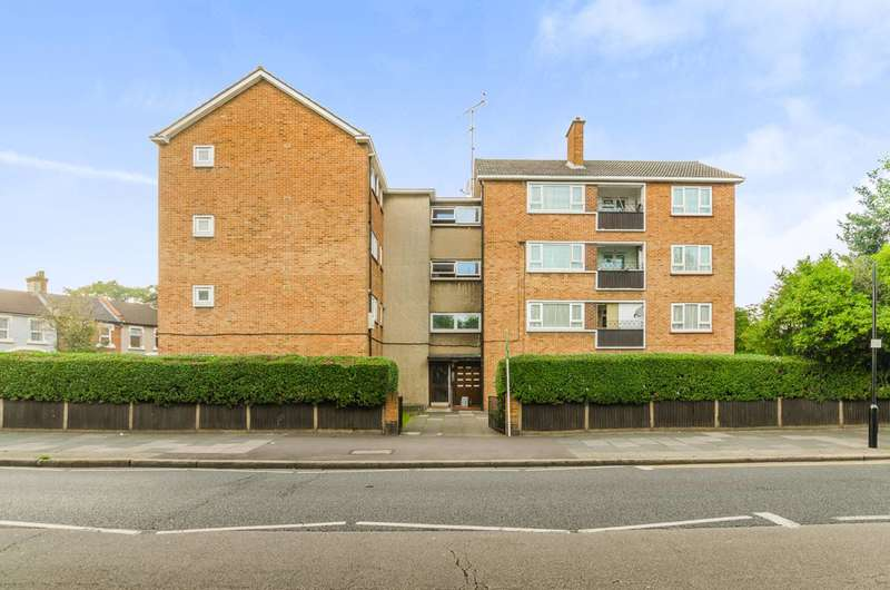 1 Bedroom Flat for sale in High Street North, Manor Park, E12