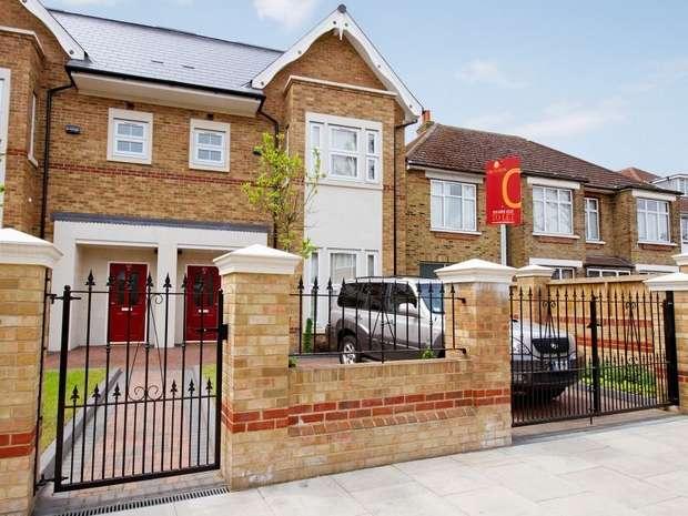 5 Bedrooms Semi Detached House for rent in Rosemont Road, Acton