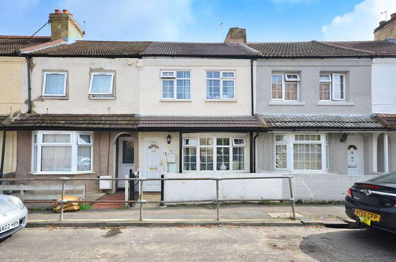 4 Bedrooms Terraced House for sale in Walton Terrace, Woking, GU21
