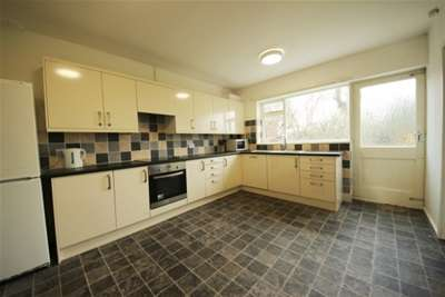 2 Bedrooms Bungalow for rent in White House Bungalow, York, YO41
