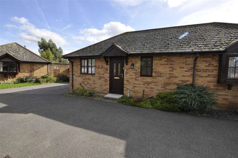 1 Bedroom Bungalow for sale in Cavendish Gardens, Chelmsford