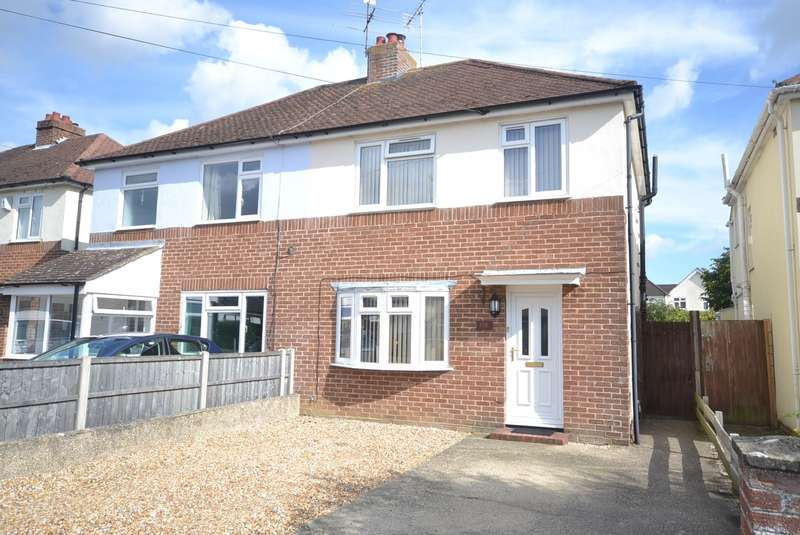 3 Bedrooms Semi Detached House for sale in Parklands Road, Chichester, PO19
