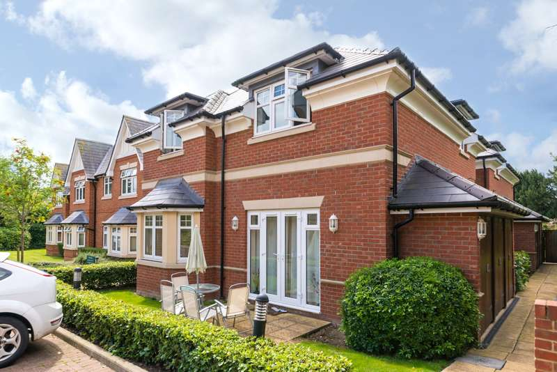 1 Bedroom Apartment Flat for sale in Cedar Rise, RH2