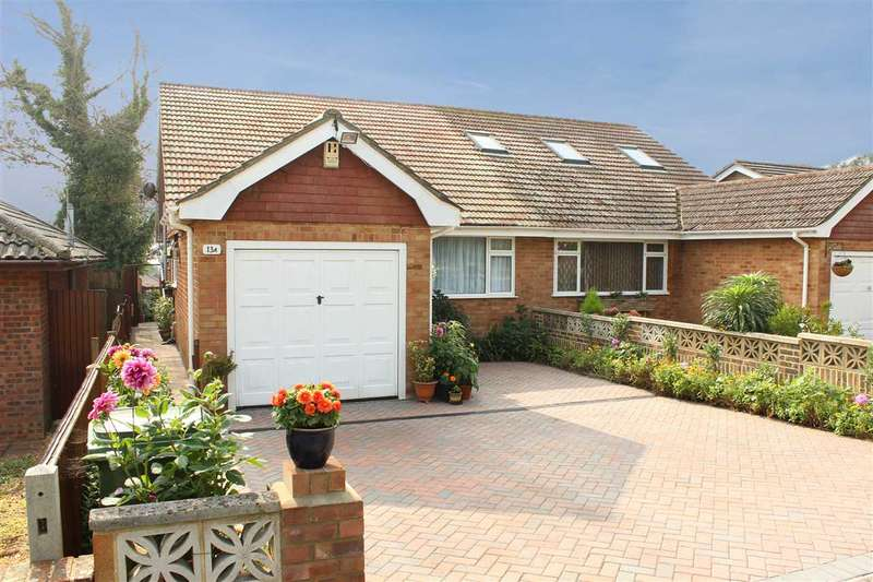 2 Bedrooms Bungalow for sale in Tor Road, Peacehaven